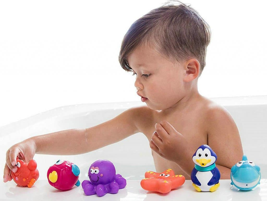 How to choose the bath toy for baby